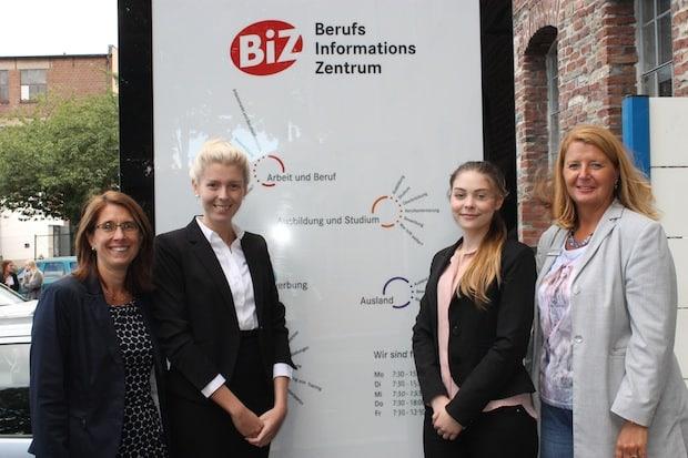 Photo of Agentur für Arbeit Iserlohn begrüßt die neuen Nachwuchskräfte