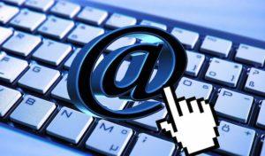 Eine E-Mail an den Enkel: Senioren-PC-Kurs startet wieder in Burbach