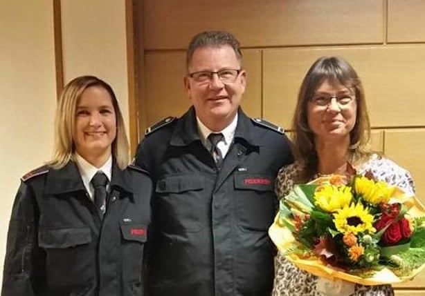 Photo of Kierspe: Kommandowechsel im Löschzug 2 . Nadine Dörseln wird Zugführerin