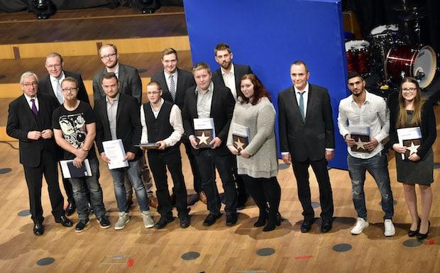 Photo of Siegen – Zehn Landesbeste in Düsseldorf geehrt