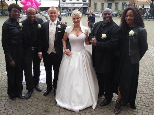 Photo of Boysie White – Die Stimme auf Ihrer Hochzeit