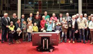 Friedenslicht aus Bethlehem im Mescheder Rathaus