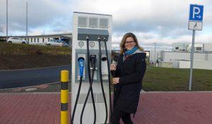 E-Mobilität: Neue Schnellladesäulen an der A45