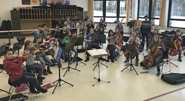 Photo of Vorspiel der Streicherklasse der Theodor-Heuss-Realschule Lüdenscheid