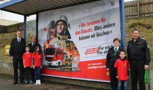 Menden: Kampagne zur Nachwuchsgewinnung: Plakate und Aktionen werben für den Dienst in der Feuerwehr