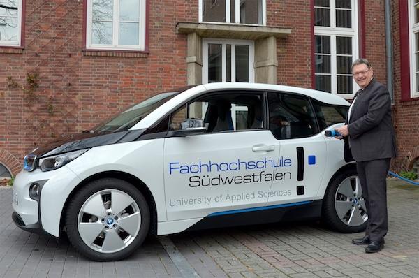 Photo of Iserlohn: Fachhochschule Südwestfalen nutzt Elektroauto für Dienstreisen