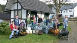Immer wieder interessant was die Kinder beim Frühjahrsputz in Drolshagen zu Tage fördern.
