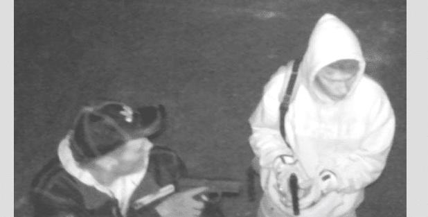 Photo of Hilchenbach: Polizei veröffentlicht Fotos von unbekannten Einbrechern
