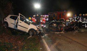Finnentrop: Zwei Schwerverletzte bei Frontalzusammenstoß