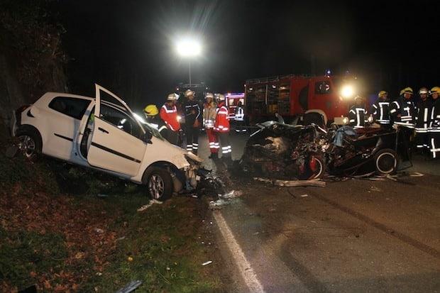 Photo of Finnentrop: Zwei Schwerverletzte bei Frontalzusammenstoß