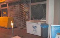 Hagen: Mercedes ohne Kennzeichen – Blitzeinbruch in Tankstelle
