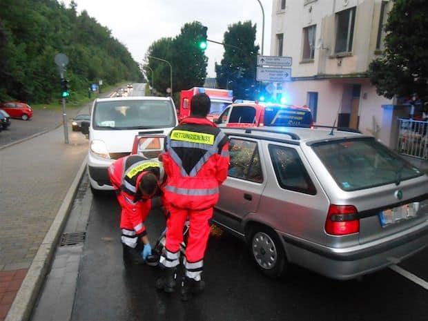 Photo of Hagen:  Auto rollt in Gegenverkehr – Fahrerin war nicht ansprechbar