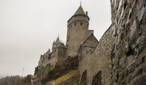 Wanderung auf dem Drahthandelsweg nach Altena zum Mittelalterfest