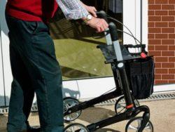 <b>Zuverlässige Betreuung in den eigenen vier Wänden als Alternative zum Seniorenheim</b>