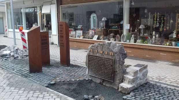 """Photo of """"Ort des Erinnerns"""" – Feierlichkeit in der Hochstraße Menden"""