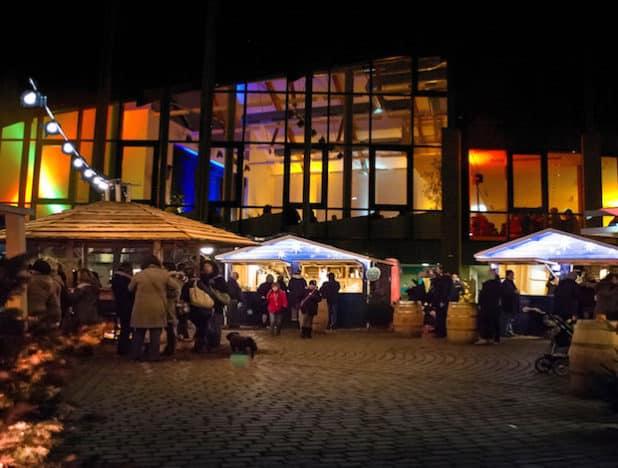 Erstmals Weihnachtsmarkt auf Bestwiger Rathausplatz