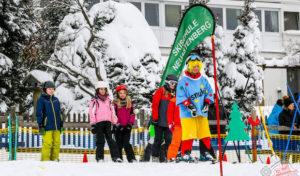 Winterberg – Ab auf die Bretter: Riesengroßer Schneespielplatz für Pistenzwerge