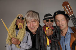 Neunkirchen: Klapp-Theater lässt die Puppen tanzen