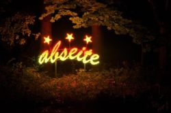 Durch die Nacht: Führung entlang der Lippstädter Lichtpromenade