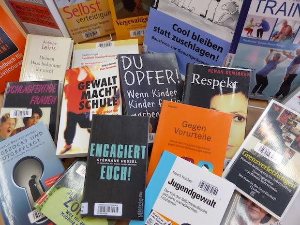 April-Stöberei in der Stadtbücherei: Sicher werden und mutig sein!
