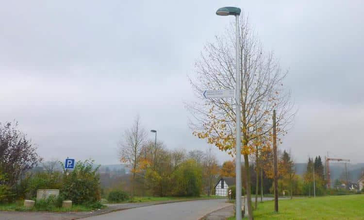 Photo of 102 weitere Straßenlaternen hat die Stadt Attendorn umgerüstet