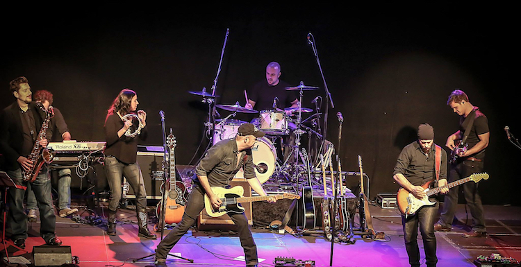 Photo of Tribute Band BOSSTIME rockt in Attendorner Stadthalle