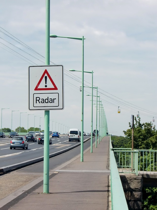 """Photo of Städtische Radarkontrollen: Hier """"blitzt"""" die Stadt Iserlohn"""