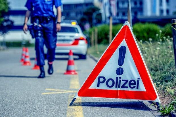 Photo of Polizei sucht Zeugen für Verkehrsunfall