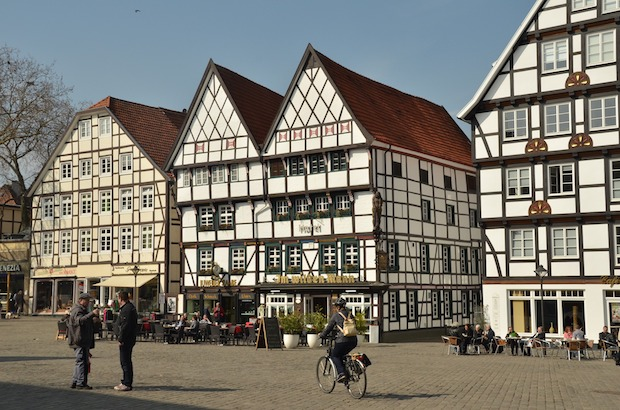 Photo of Soester Bördebauernmarkt lockt  zum farbenfrohen Altstadtbummel
