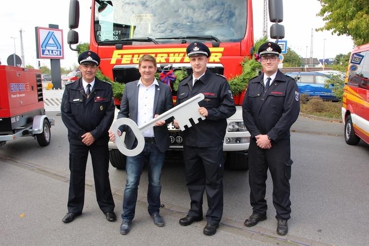 Photo of Fünf neue Fahrzeuge für die Freiwillige Feuerwehr Geseke