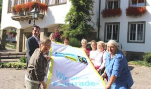 Die Fairtrade-Stadt Attendorn zeigt erneut Flagge