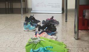 12 kleine paar neue Schuhe beim DRK in Weidenau