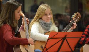 Jahreskonzert der städtischen Musikschule im Fach Gitarre