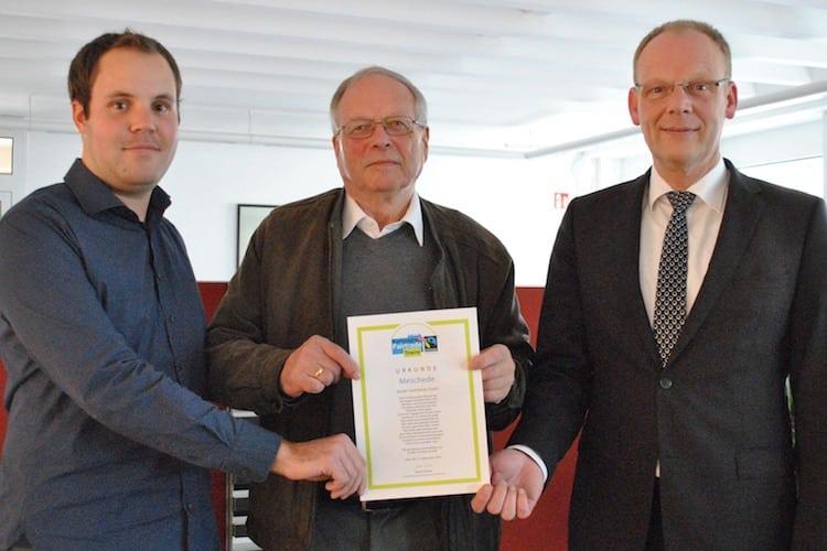 """Photo of Fairen Handel vor Ort fördern: Meschede bleibt """"Fairtrade-Stadt"""""""