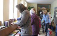 Vorweihnachts- Bücherflohmarkt der Stadtbücherei Hilchenbach