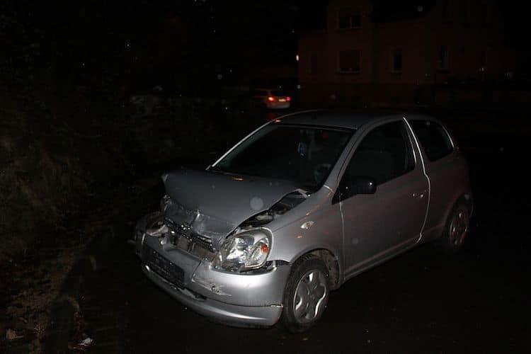 Photo of Kennzeichen führt zu Unfallflüchtigen
