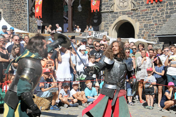 Photo of Festival Altena – Eine Stadt erlebt das Mittelalter