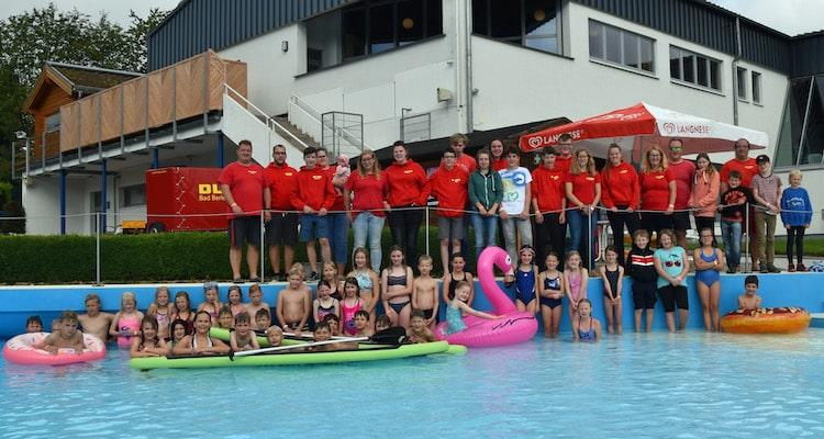 Photo of 70 Mädchen und Jungen beim Rothaarbad-Camp in Bad Berleburg