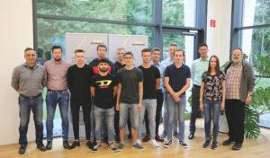 Kemper in Olpe freut sich über 6 Auszubildende und 3 Studenten