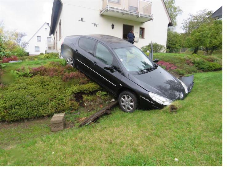 Photo of Unfall mit gestohlenen Kennzeichen