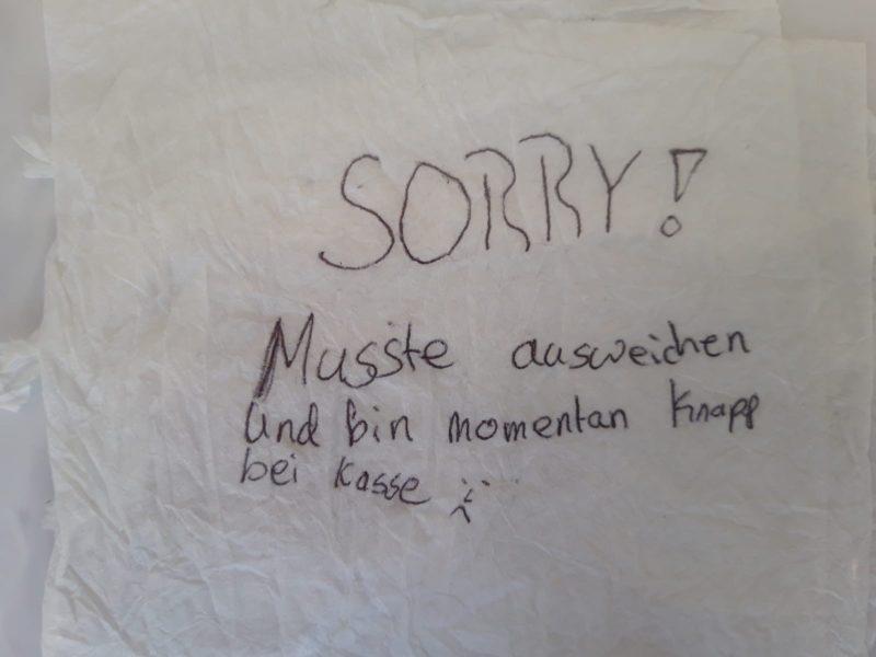 Photo of Entschuldigung auf Serviette