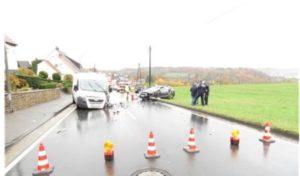 Schwerverletzte bei Verkehrsunfall