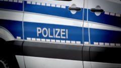 2019-12-09-Polizei-Streit-Bank-Diebe-Autos-Geldwechseltrick-Messer-Autoaufbrecher-Polizisten-Fahrstreifen-Verletzter-Quadfahrer-Lkw-Besitzer-Deilinghofen-Vorgarten-Sozius-Lkw-LKW