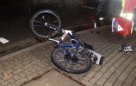E-Bike und PKW kollidieren