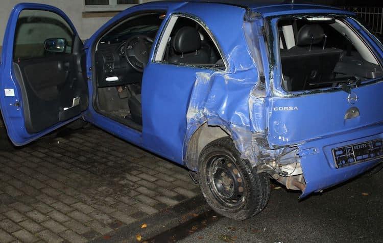 Photo of Unfall auf winterglatter Fahrbahn