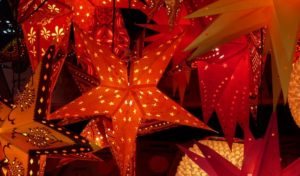 Nachbarn schaffen Weihnachtsmarkt