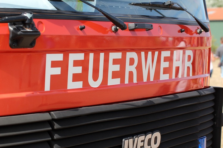 Photo of PKW fängt Feuer