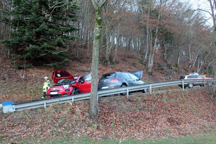 Photo of Verkehrsunfall auf der L737