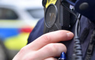 Polizei mit Bodycams auf Streife