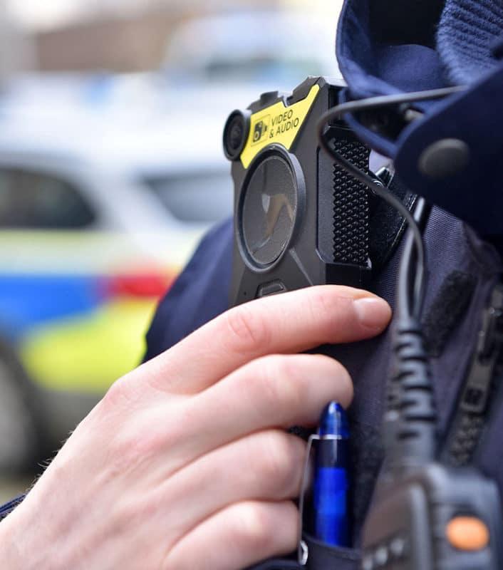 Photo of Polizei mit Bodycams auf Streife